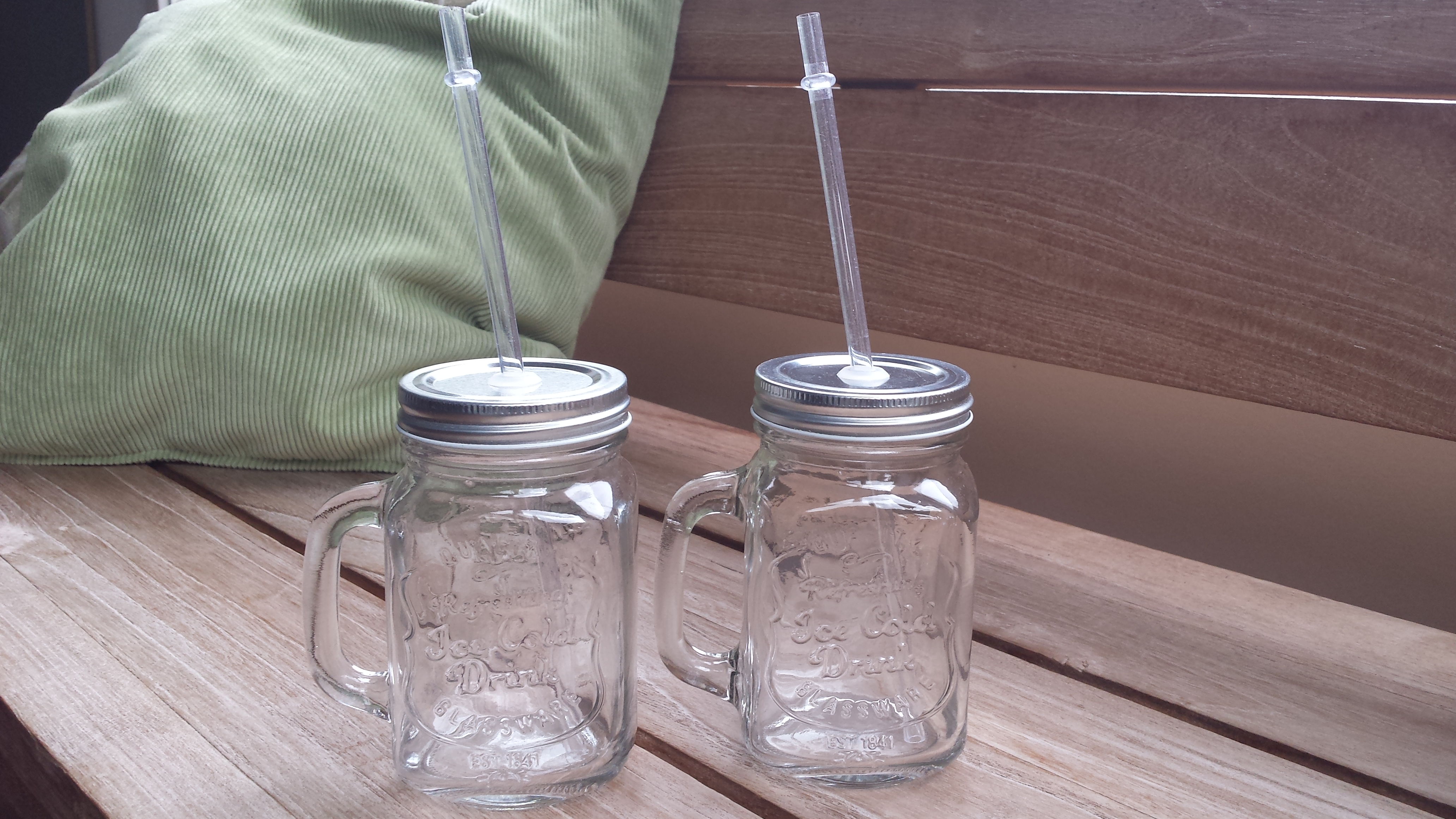 smoothie jars low budget tip a mood and food